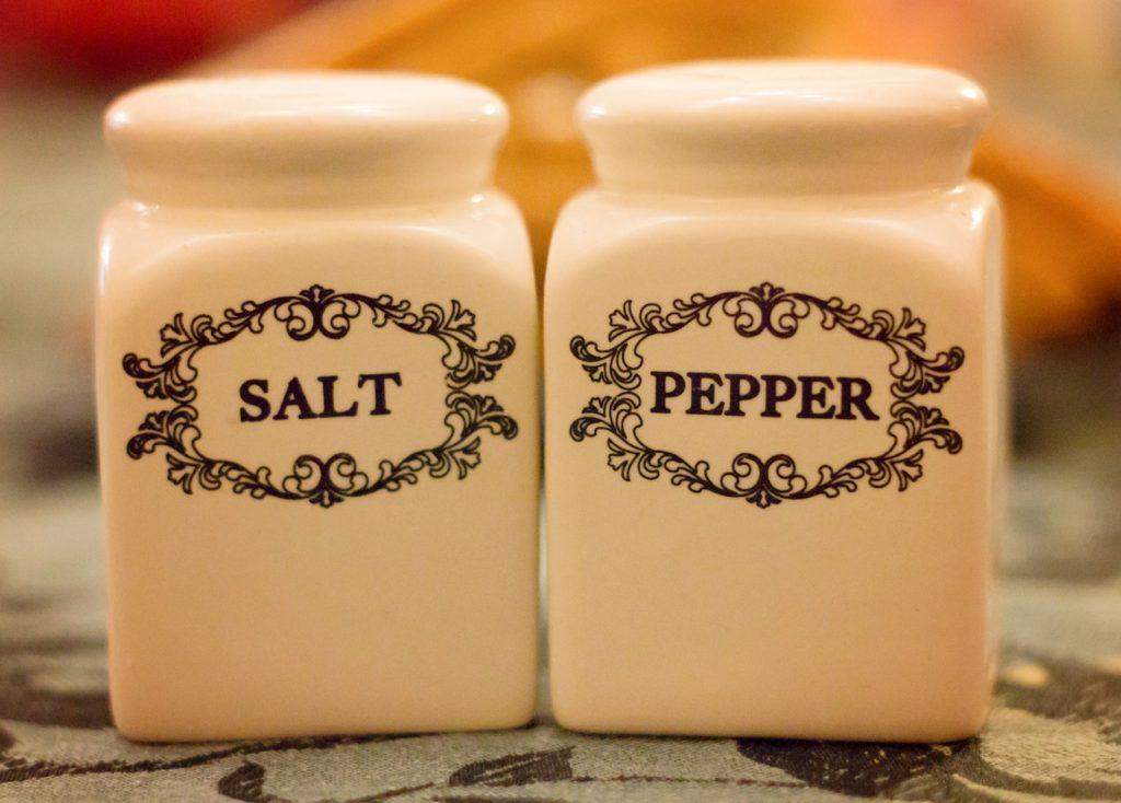 salt-and-pepper-2377064_1280